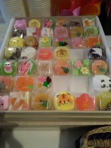 リフォーム初売祭 お茶菓子