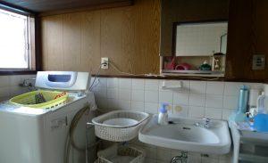 洗面室ビフォアー