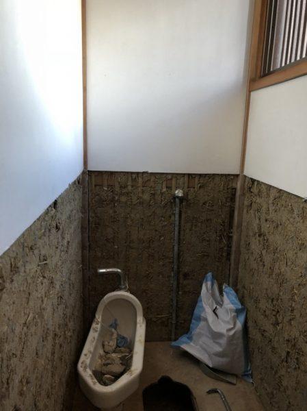 トイレ壁解体作業アフター