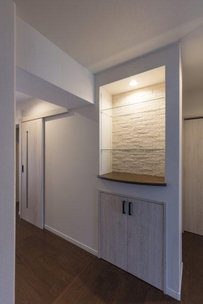 廊下 飾り棚
