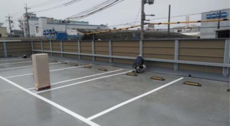 スラブ隙間雨水侵入対策、ガルバリウム鋼板加工品取付け