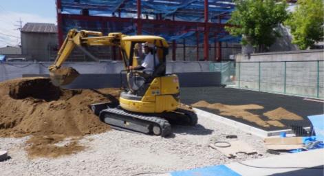 外構 芝ブロック積 真砂土敷き