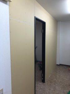 M様水回り室壁扉