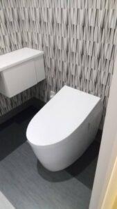 ジョブカーズトイレ